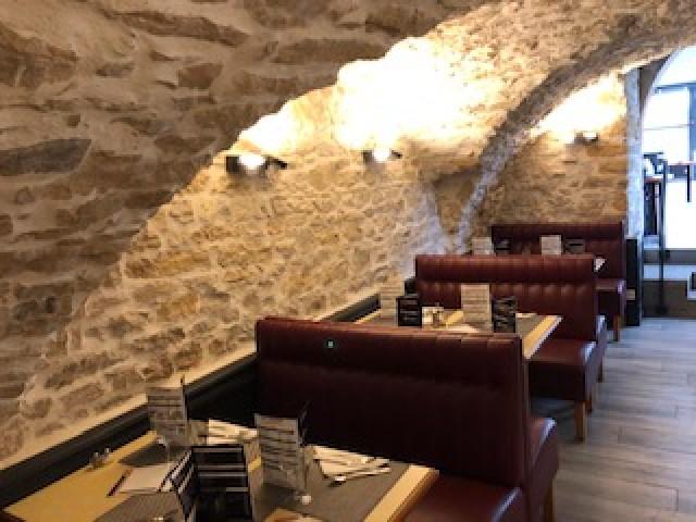Le Caveau De Neuville